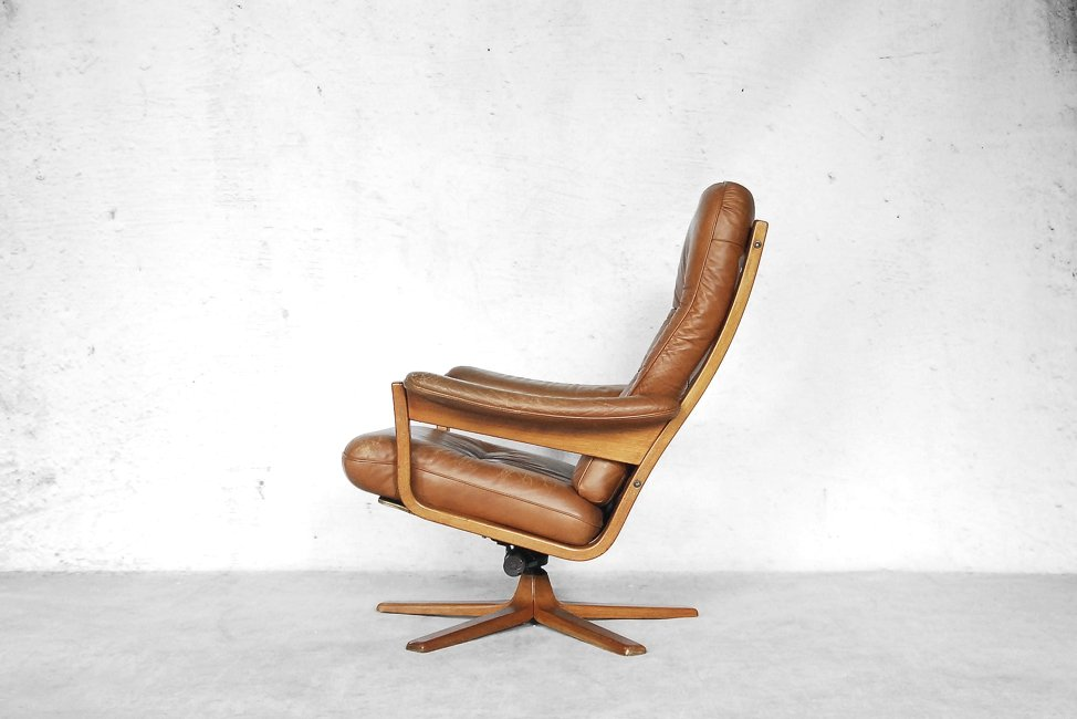 Swedish Swivel Lounge Chair from Gate Möbel, 1960s for  -> Vintage Möbel Pamono