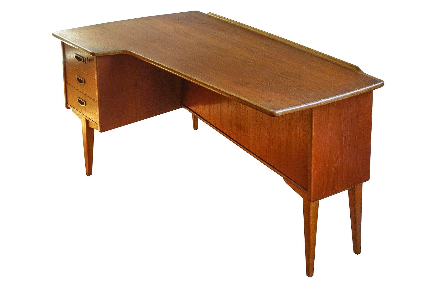Mid-Century Modern Boomerang Desk by Peter Nielsen for Hedenstedt