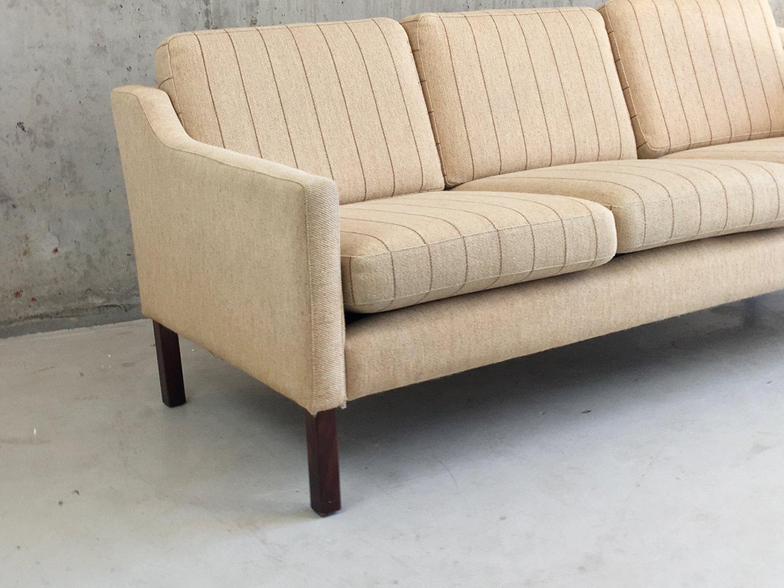 d nisches drei sitzer sofa mit nadelstreifen muster 1970er bei pamono kaufen. Black Bedroom Furniture Sets. Home Design Ideas