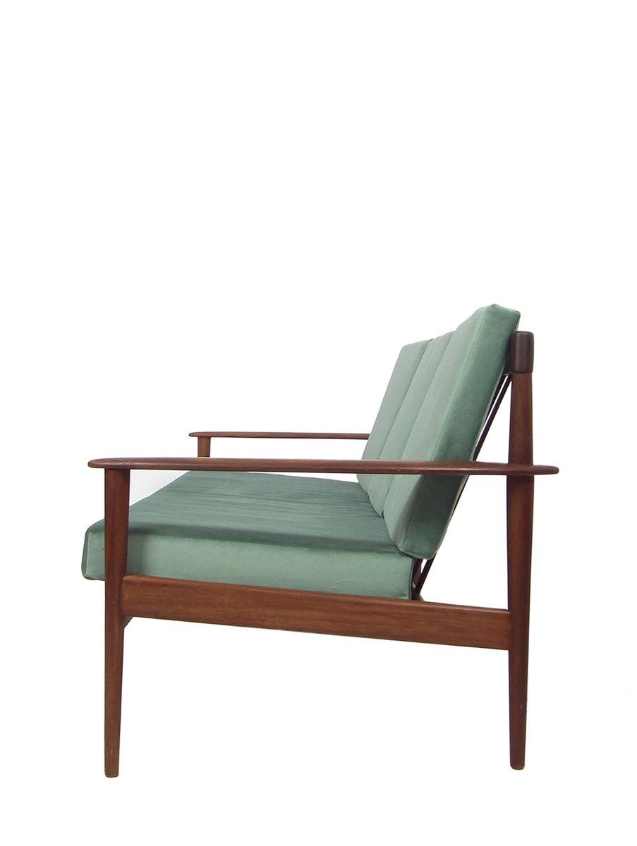 Mid century drei sitzer teak sofa bei pamono kaufen for Sofa 4 sitzer landhausstil