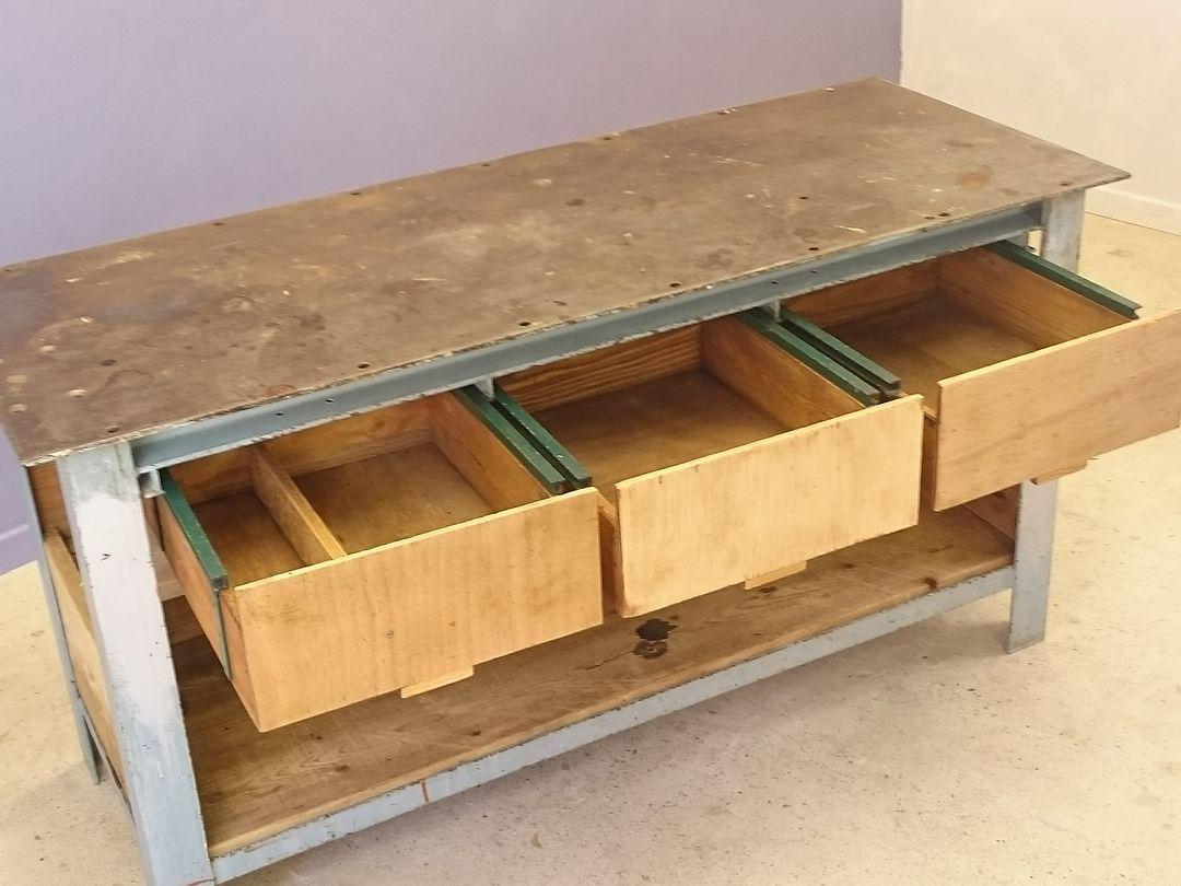 vintage industrie werkbank aus unverarbeitetem holz stahl bei pamono kaufen. Black Bedroom Furniture Sets. Home Design Ideas