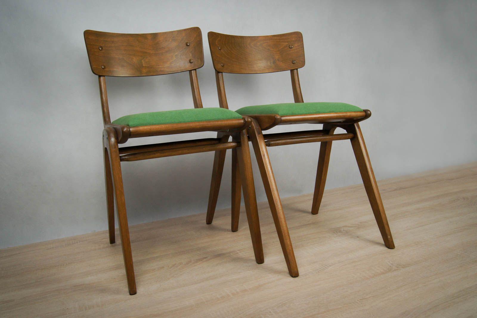 polnische mid century buche st hle mit gr nem bezug 2er set bei pamono kaufen. Black Bedroom Furniture Sets. Home Design Ideas