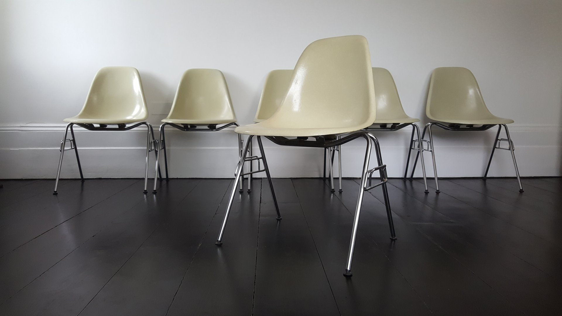 Mid Century DSS Fiberglass Shell Chairs By Charles U0026 Ray Eames For Herman  Miller, Set Of 6