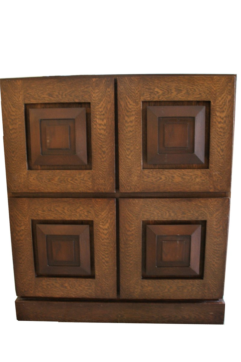 brutalistischer belgischer vintage eiche barschrank 1970er bei pamono kaufen. Black Bedroom Furniture Sets. Home Design Ideas