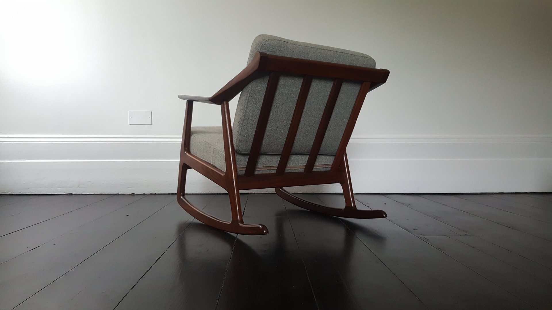 Mid century wood rocking chair - Previous