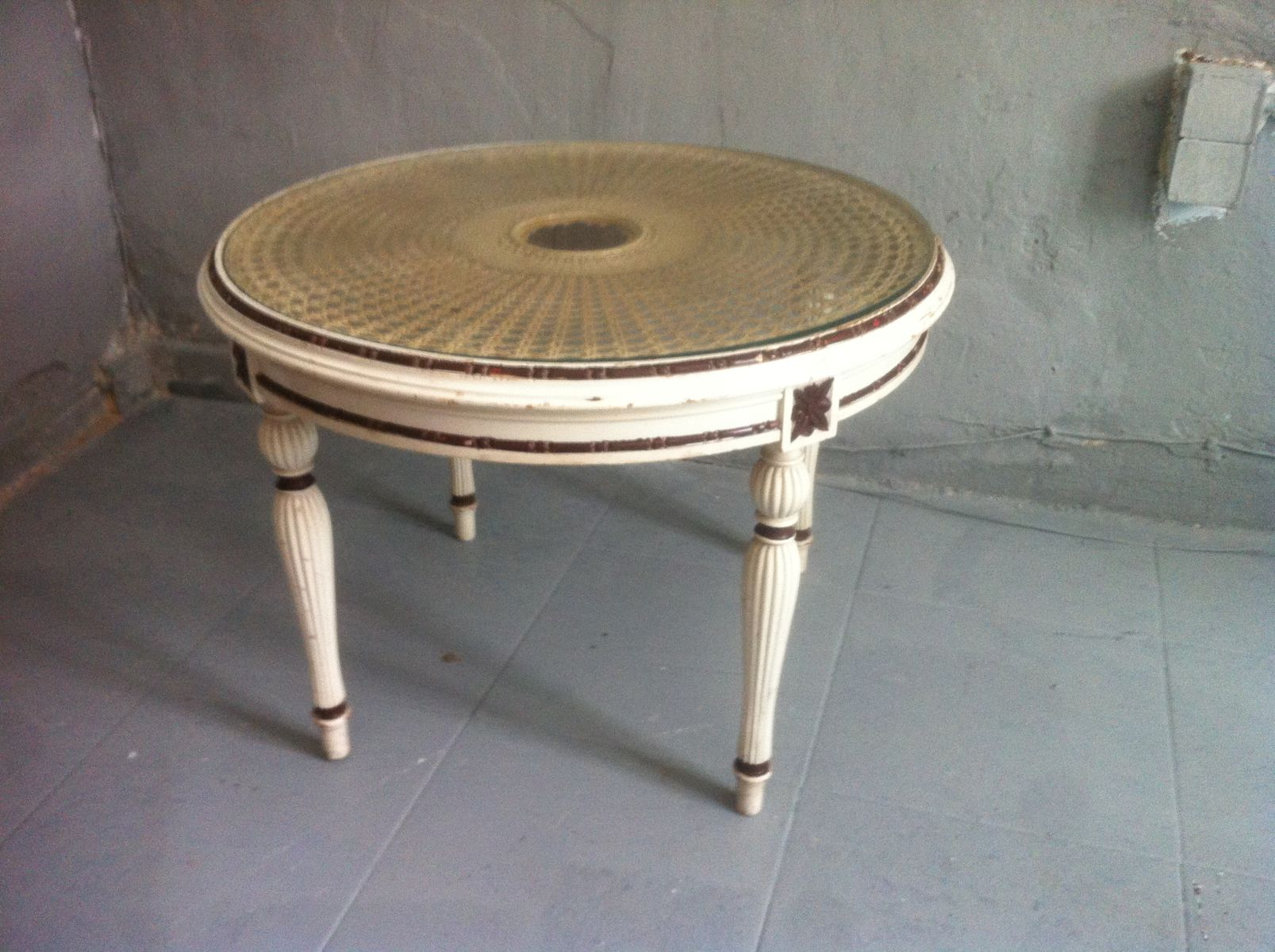 Nice Hand Coffee Table Part - 8: Vintage Spanish Rattan U0026 Wood Hand Carved Round Coffee Table, 1960s For  Sale At Pamono