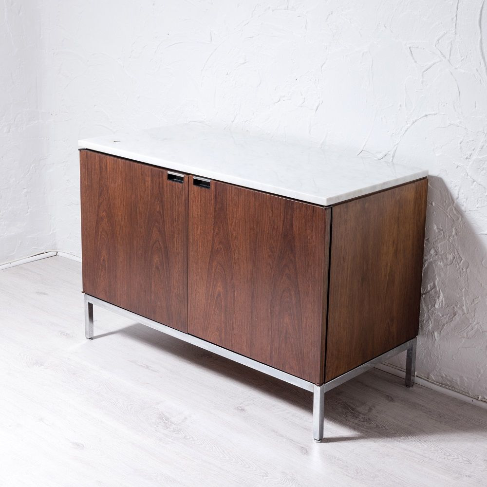 vintage small sideboard by florence knoll for knoll. Black Bedroom Furniture Sets. Home Design Ideas