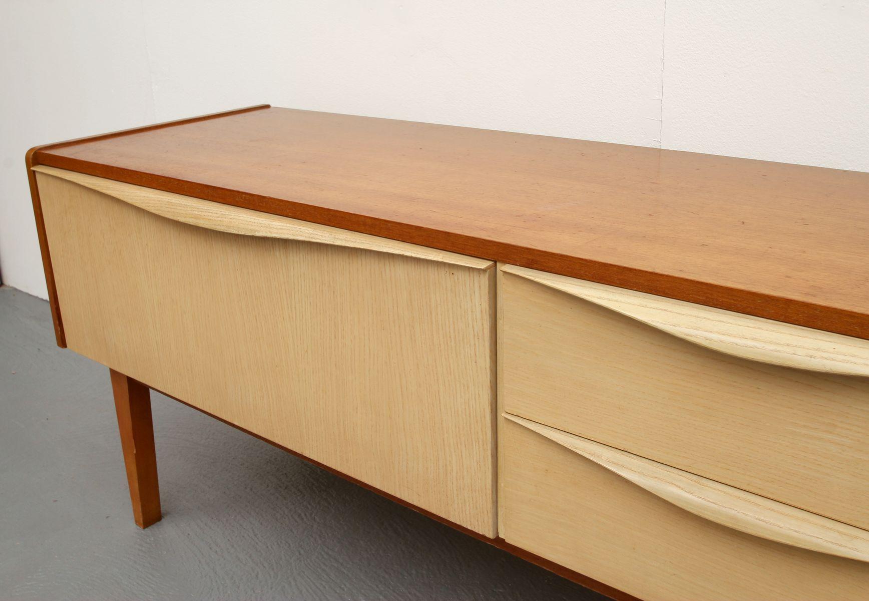 kleines zweifarbiges sideboard 1950er bei pamono kaufen. Black Bedroom Furniture Sets. Home Design Ideas
