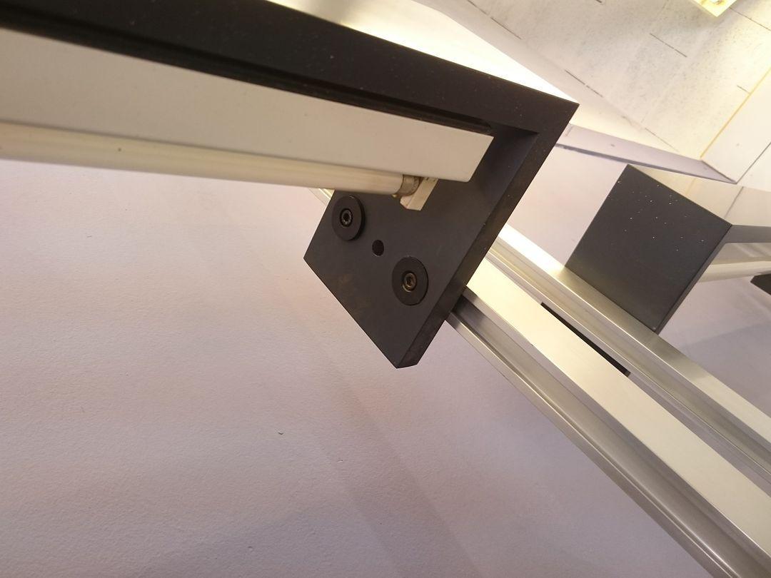 double etag re ajustable par michel ducaroy pour ligne. Black Bedroom Furniture Sets. Home Design Ideas
