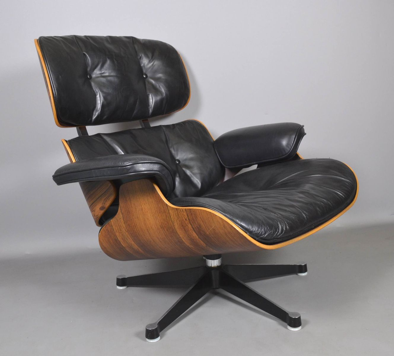 sessel von charles ray eames f r vitra 1960er bei. Black Bedroom Furniture Sets. Home Design Ideas