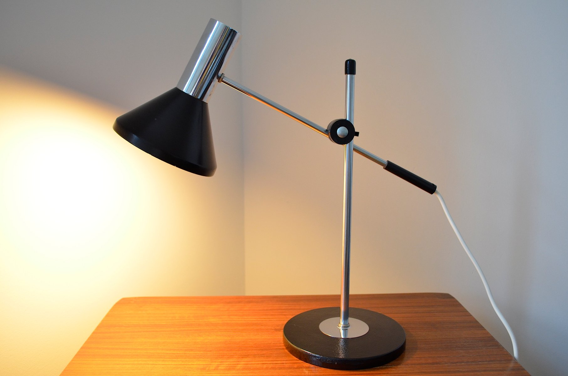 lampe de bureau vintage ajustable allemagne 1960s en vente sur pamono. Black Bedroom Furniture Sets. Home Design Ideas