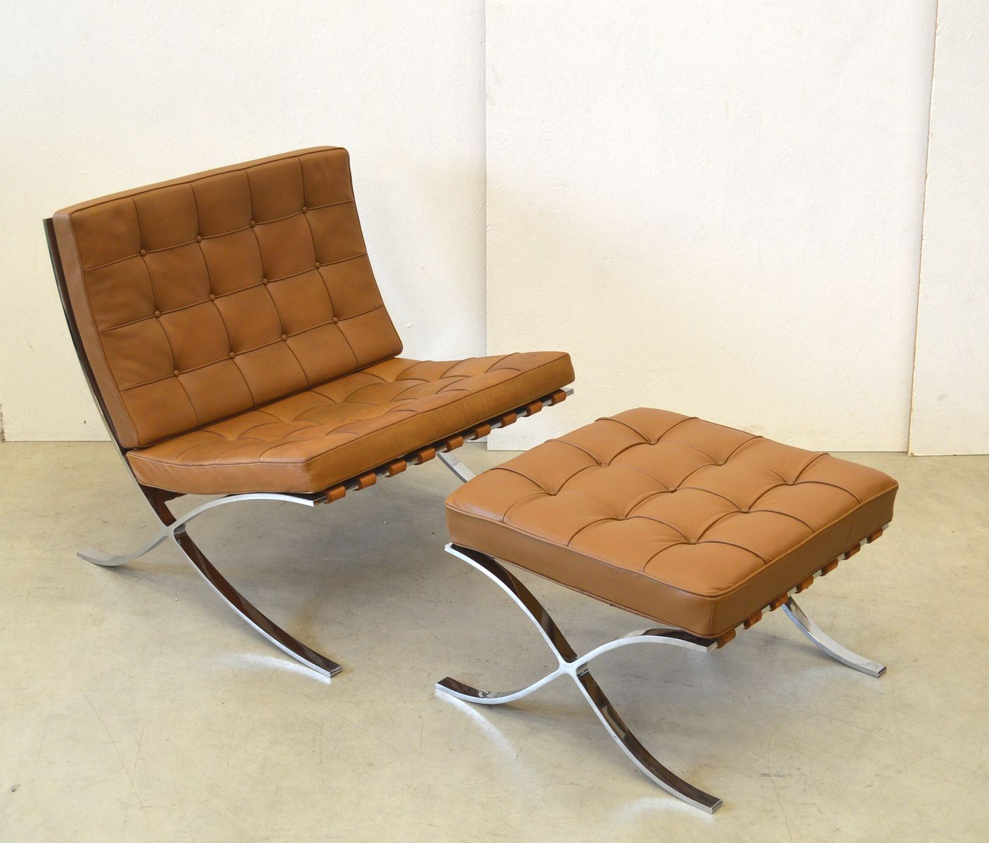 vintage barcelona chair ottoman by mies van der rohe for. Black Bedroom Furniture Sets. Home Design Ideas
