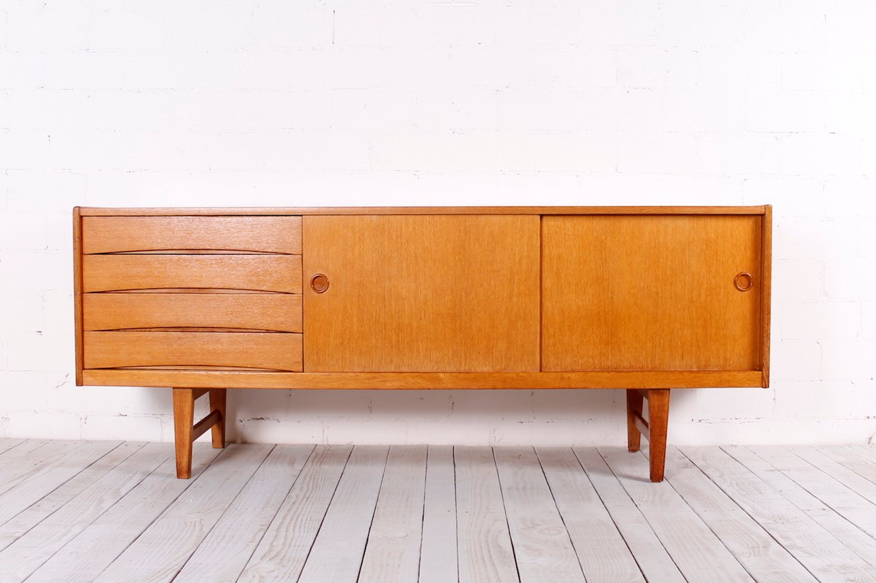 Vintage oak sideboard 1950s for sale at pamono for 1950 s credenza