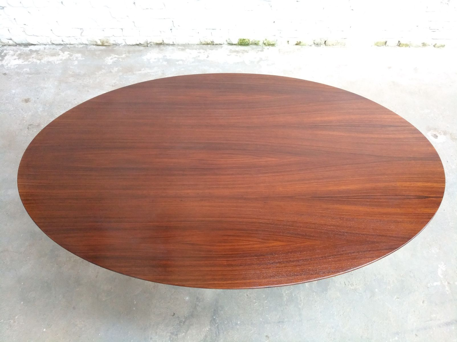 Oval Rosewood Dining Table By Eero Saarinen For Knoll International 1960s Sale At Pamono