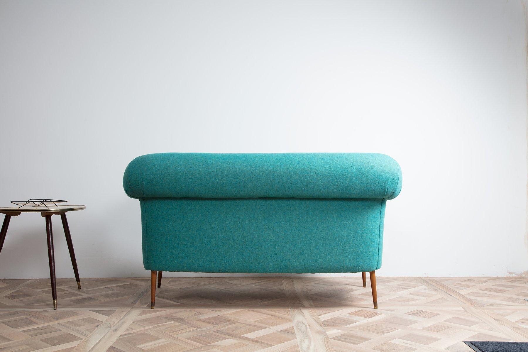 vintage sofa im chesterfield stil bei pamono kaufen. Black Bedroom Furniture Sets. Home Design Ideas