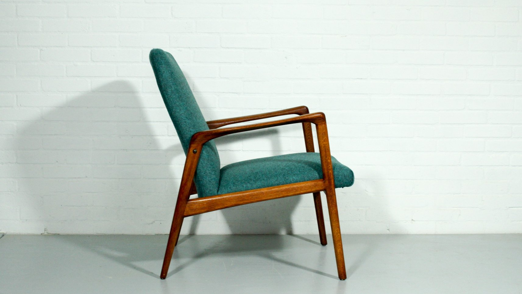 Mid century organic lounge chair for sale at pamono for Z chair mid century