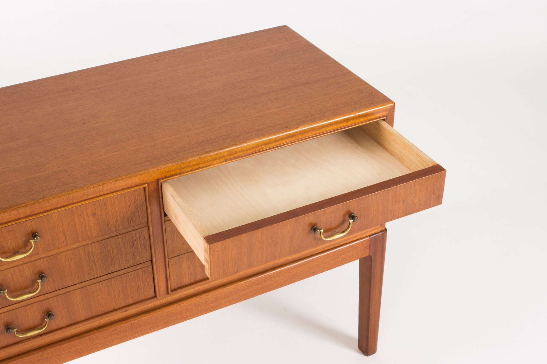 kleines sideboard 1950er bei pamono kaufen. Black Bedroom Furniture Sets. Home Design Ideas