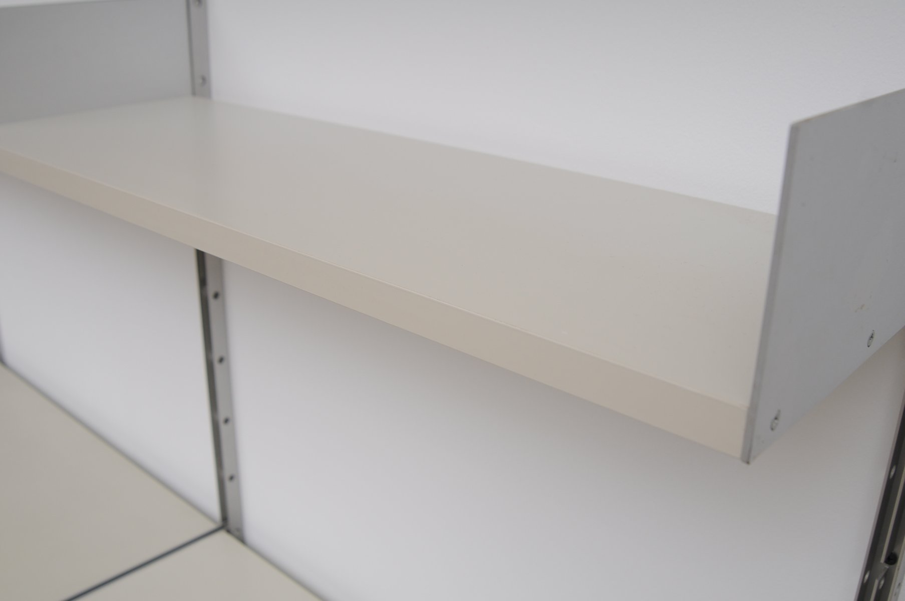 vintage 606 shelving system by dieter rams for vitsoe