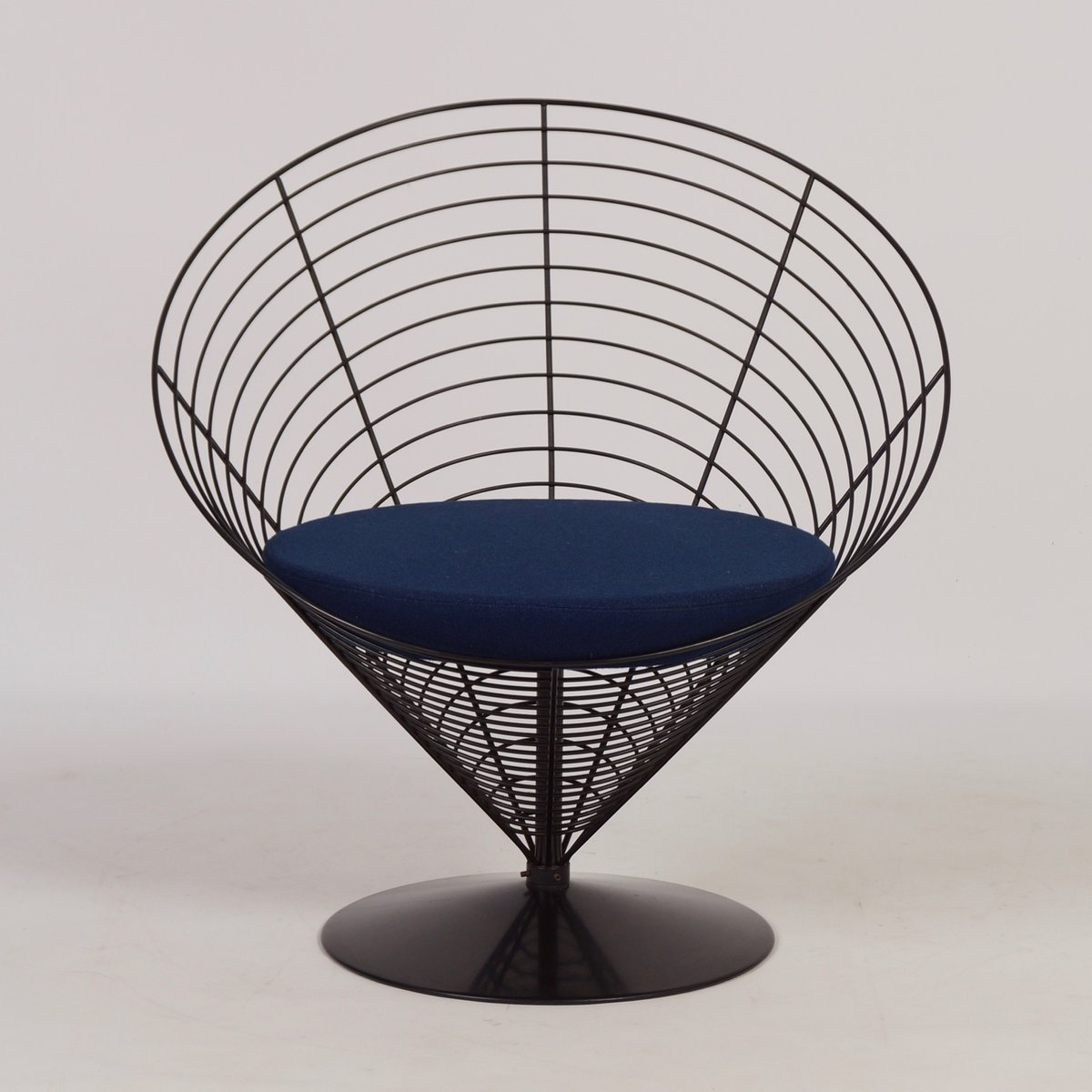 blue wire cone chair by verner panton for fritz hansen 1988 for sale at pamono. Black Bedroom Furniture Sets. Home Design Ideas