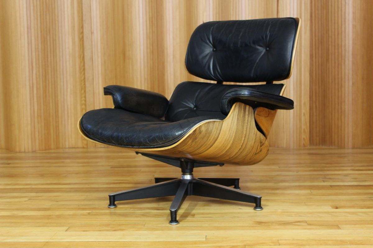 model 670 rosewood lounge chair by charles ray eames for. Black Bedroom Furniture Sets. Home Design Ideas