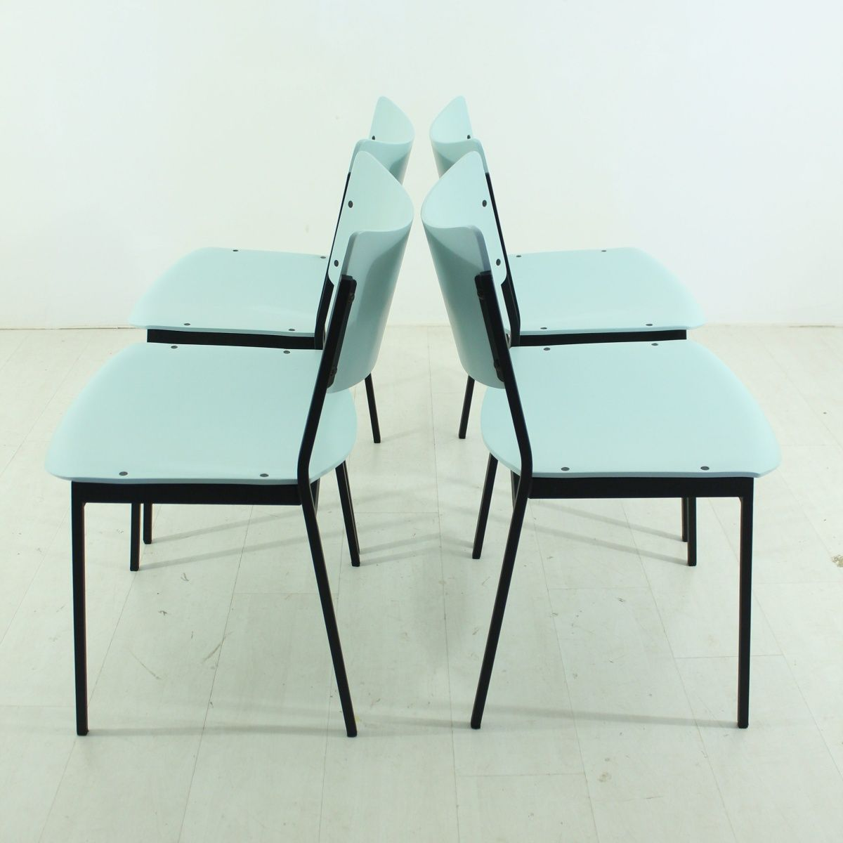 vintage st hle in minze pastellton 4er set bei pamono kaufen. Black Bedroom Furniture Sets. Home Design Ideas