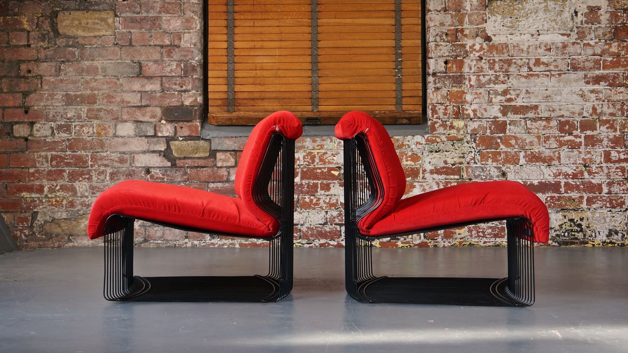 chaises pantonova rouges avec cadres blancs par verner panton pour fritz hansen set de 2 en. Black Bedroom Furniture Sets. Home Design Ideas
