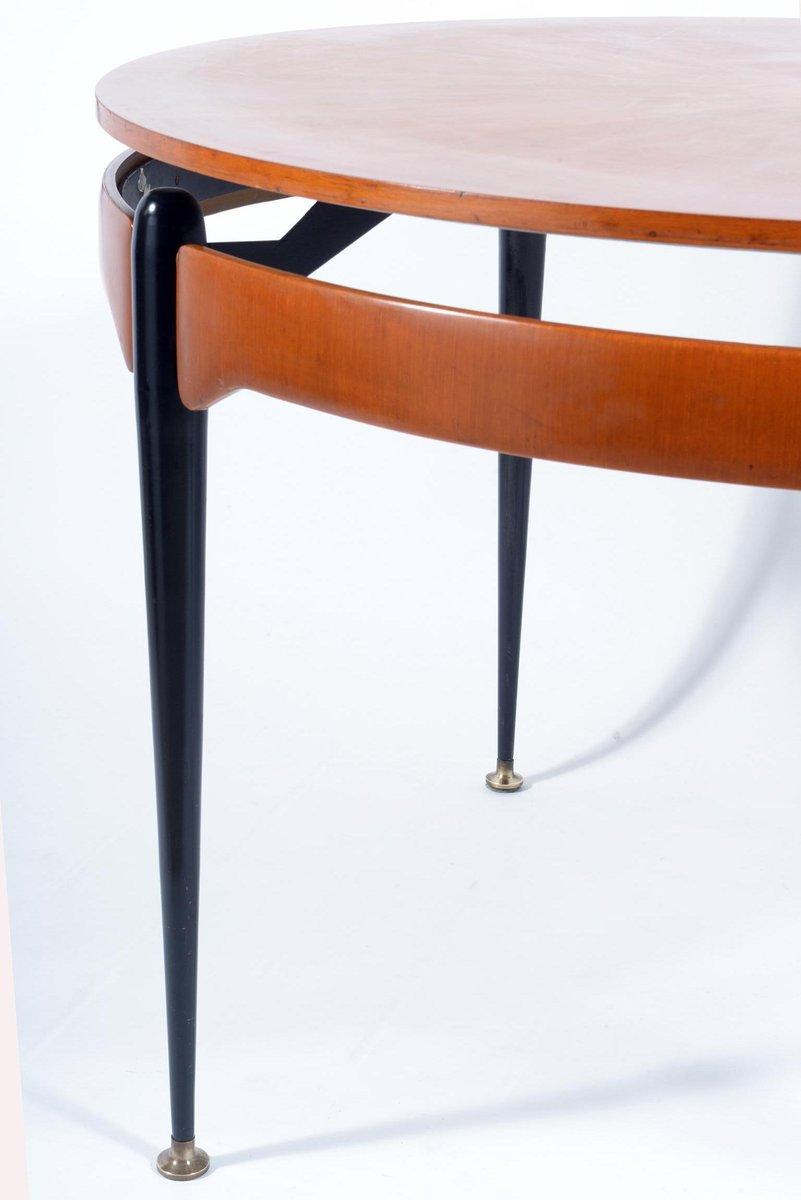 runder tisch aus nussbaum und schwarzem metall 1960er bei. Black Bedroom Furniture Sets. Home Design Ideas