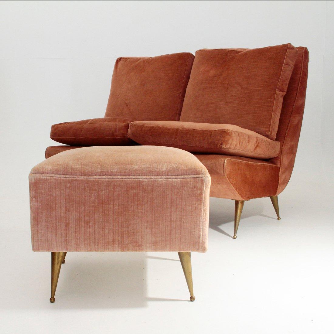 italienisches zweisitzer sofa mit messing beinen 1950er bei pamono kaufen. Black Bedroom Furniture Sets. Home Design Ideas