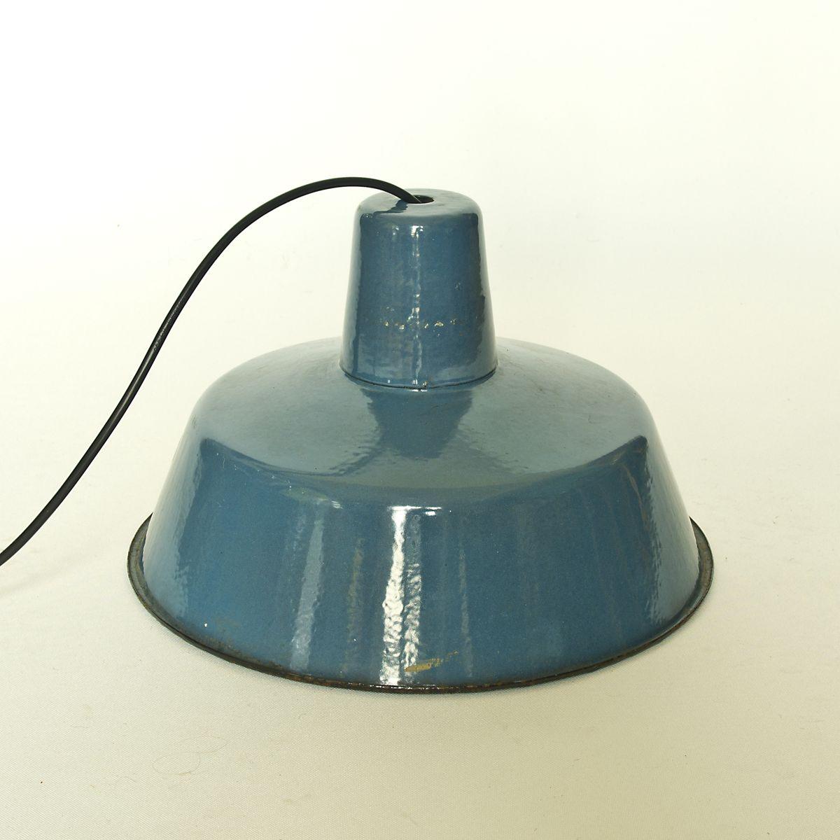 emaille industrie lampen 1970er 3er set bei pamono kaufen. Black Bedroom Furniture Sets. Home Design Ideas