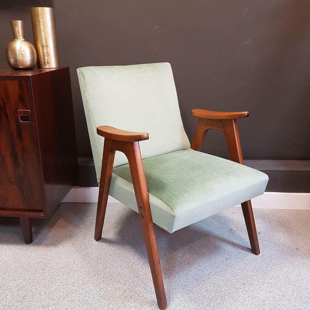chaise mid century en velours vert en vente sur pamono. Black Bedroom Furniture Sets. Home Design Ideas