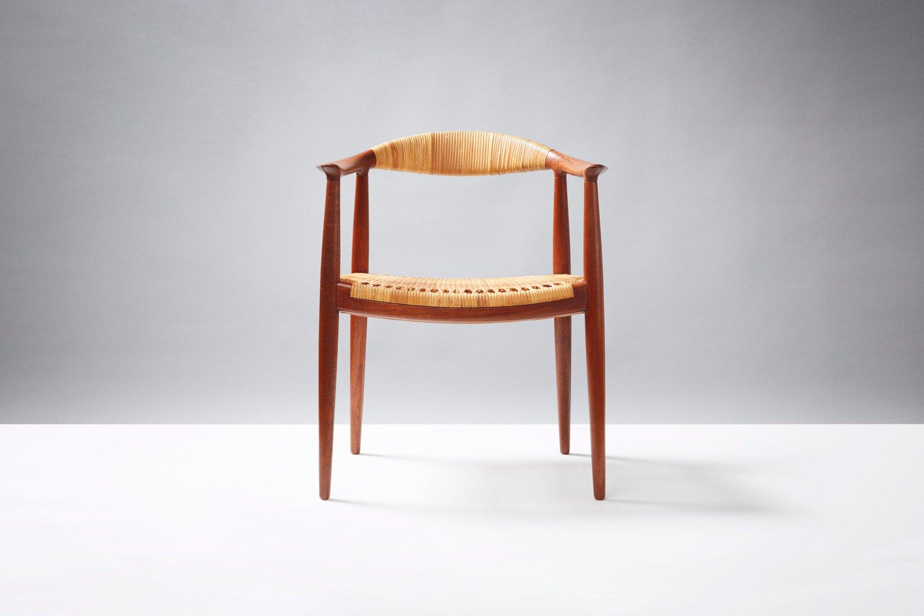 Model JH 501 The Chair Desk Chair by Hans J Wegner for Johannes