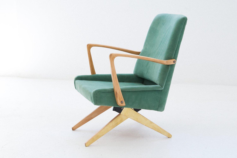 mid century sessel aus samt messing 1950er bei pamono. Black Bedroom Furniture Sets. Home Design Ideas