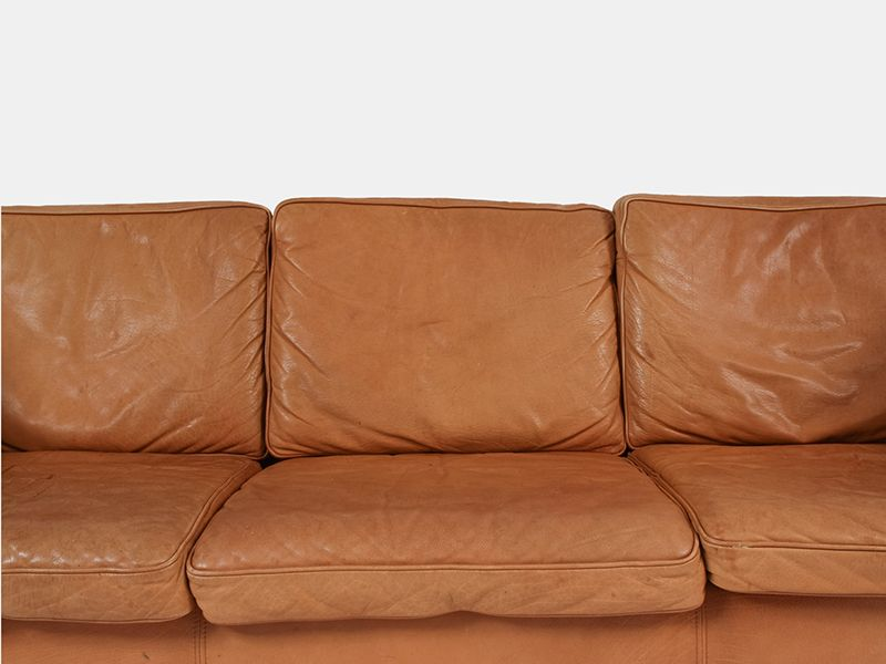 Vintage tan leather sofa from stouby for sale at pamono Vintage tan leather sofa