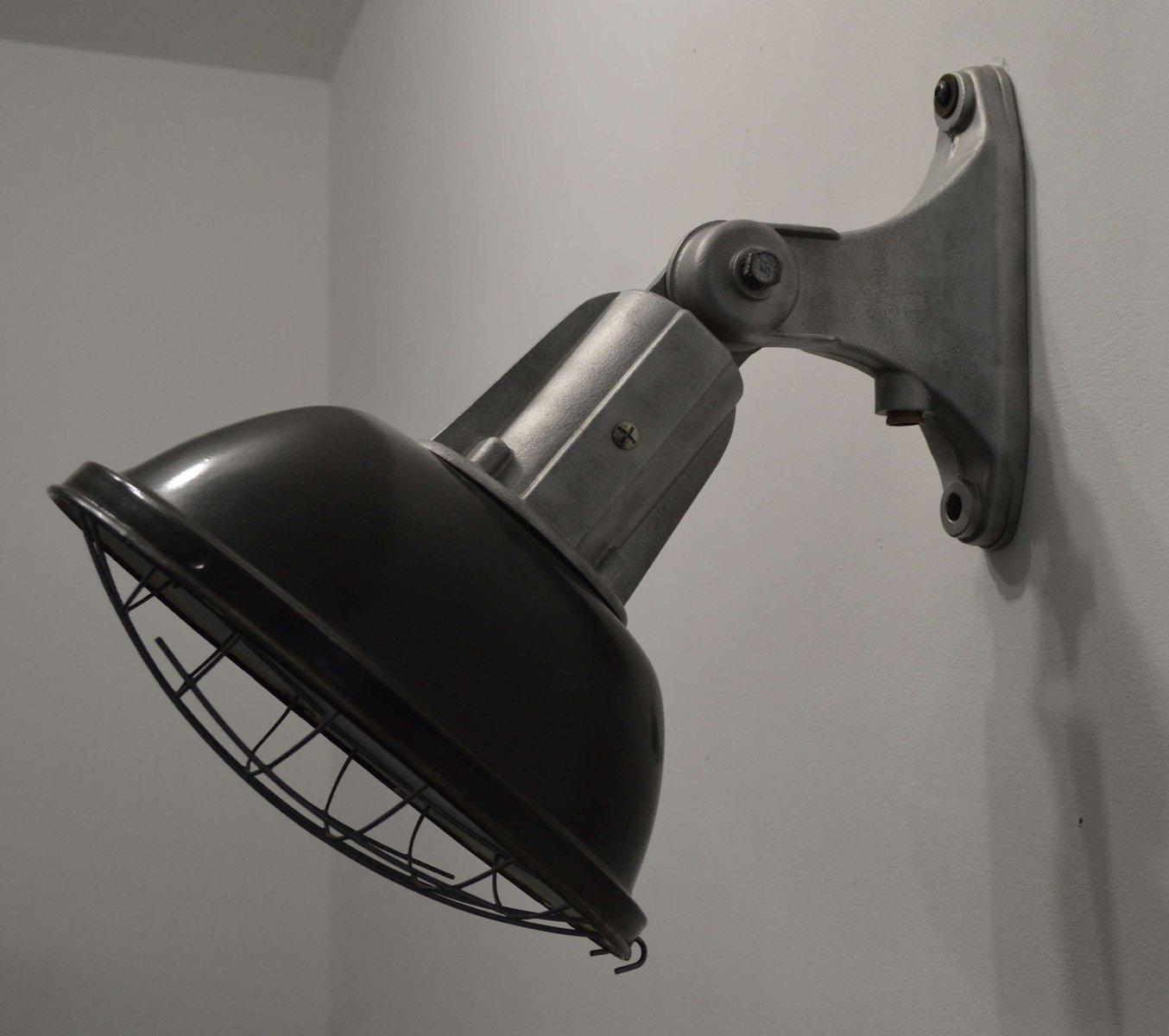applique murale vintage industrielle en vente sur pamono. Black Bedroom Furniture Sets. Home Design Ideas