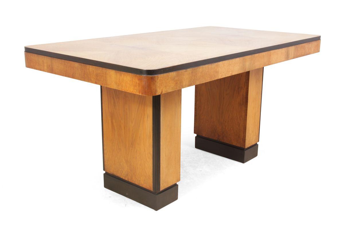 Art Deco Walnut Veneer Dining Table 1930s for sale at Pamono : art deco walnut veneer dining table 1930s 2 from www.pamono.co.uk size 1200 x 800 jpeg 237kB