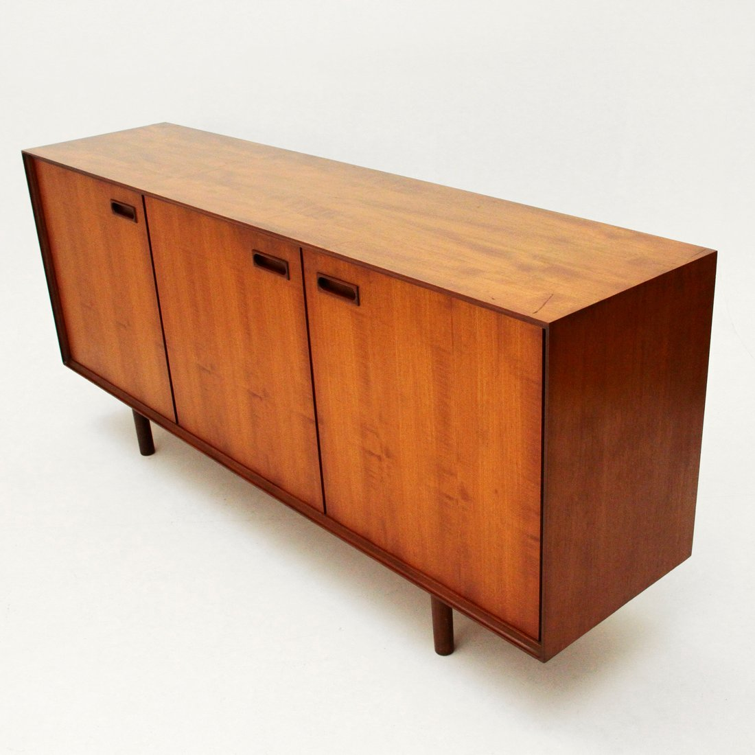 mid century italian sideboard 1960s for sale at pamono. Black Bedroom Furniture Sets. Home Design Ideas