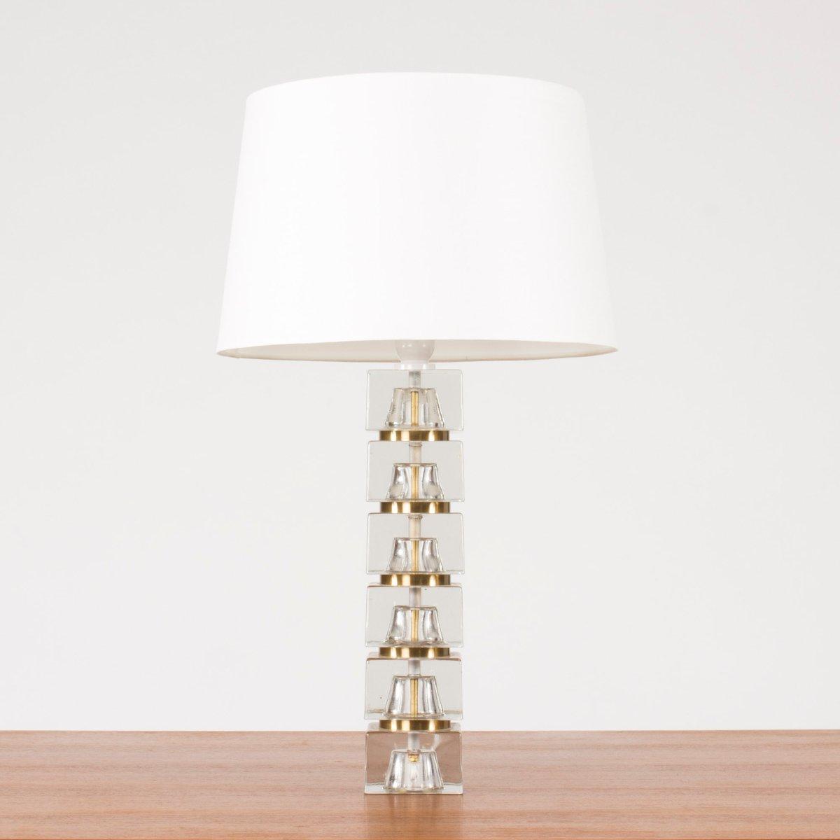 schwedische tischlampe mit glasfu 1960er bei pamono kaufen. Black Bedroom Furniture Sets. Home Design Ideas