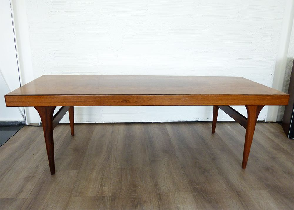 Mid century extensible coffee table by johannes andersen - Table sejour extensible ...