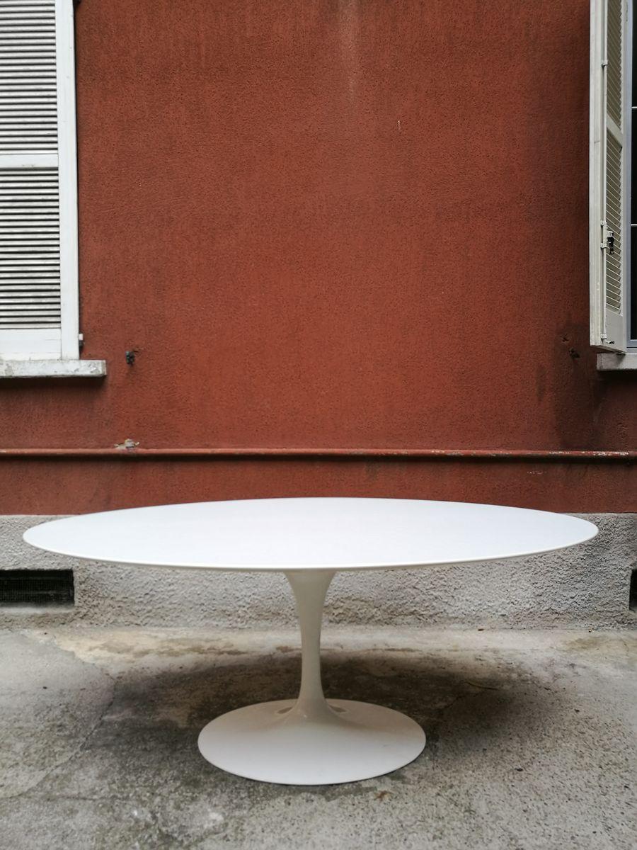 Italian Elliptical Table By Eero Saarinen For Knoll