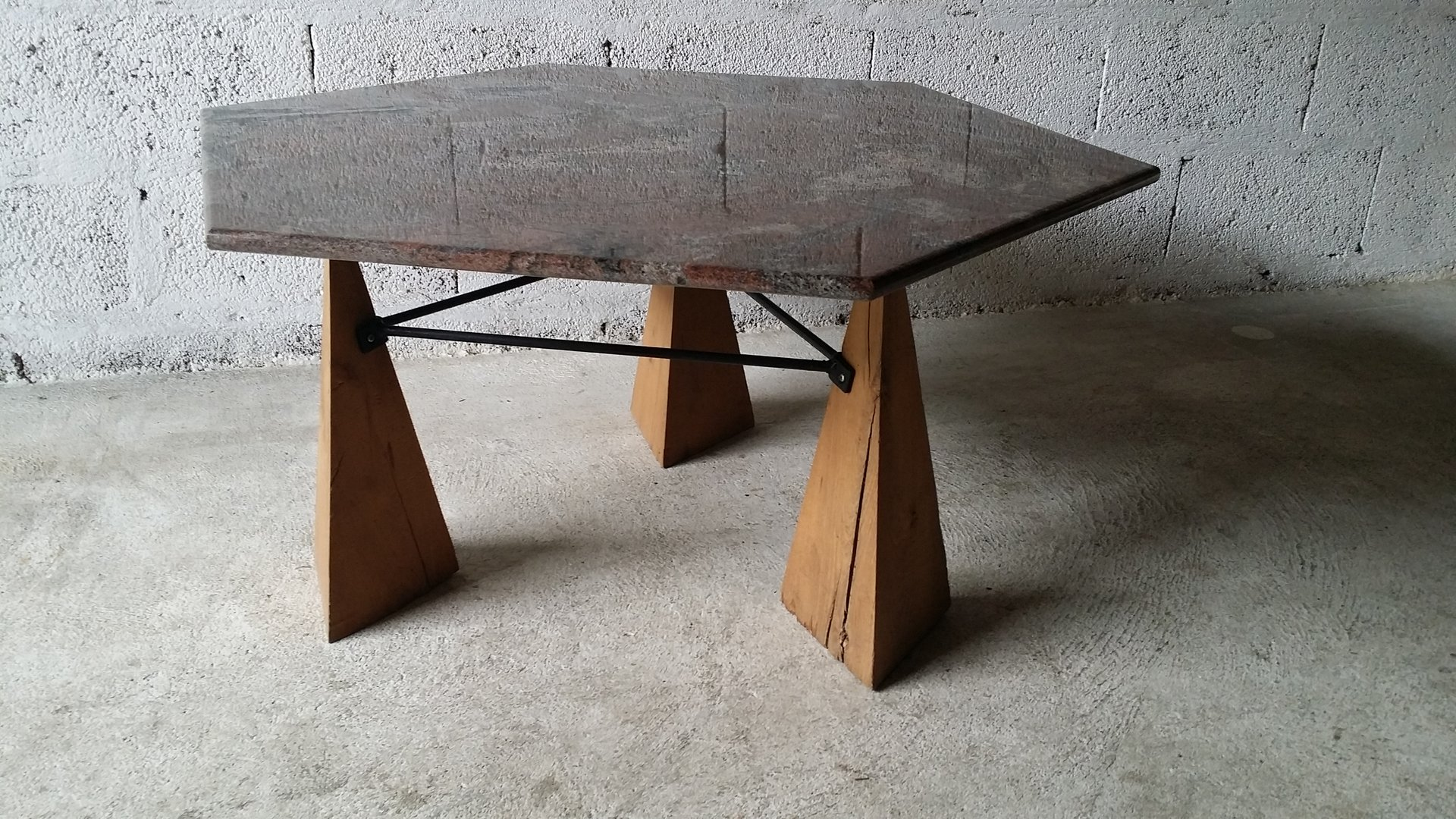 Vintage granite oak coffee table for sale at pamono geotapseo Image collections