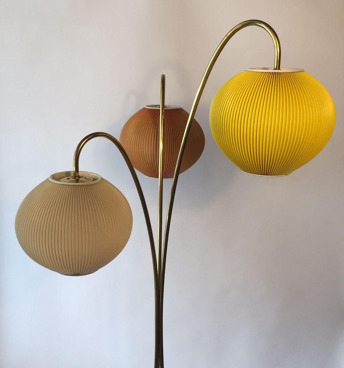 mid century bodenlampe mit plissierten schirmen bei pamono kaufen. Black Bedroom Furniture Sets. Home Design Ideas