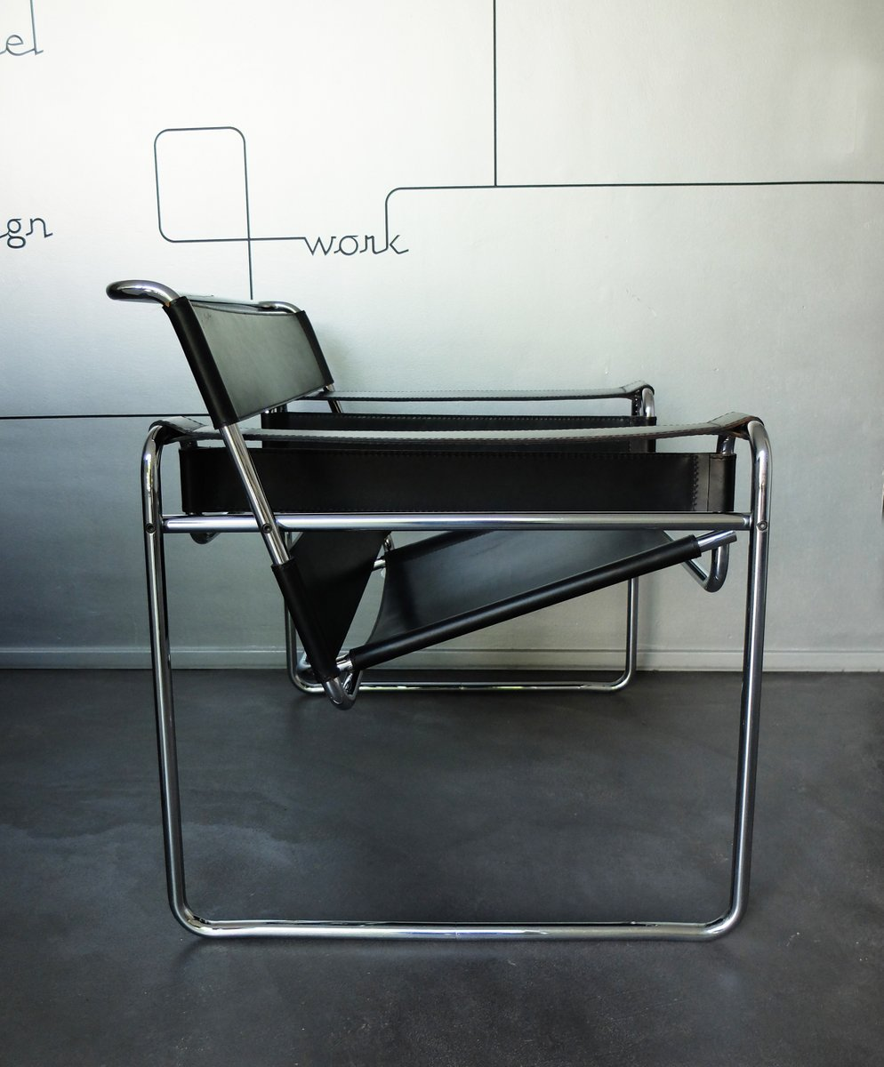 Marcel breuer wassily chair - B3 Wassily Chair In Black Leather By Marcel Breuer For Gavina 1960s