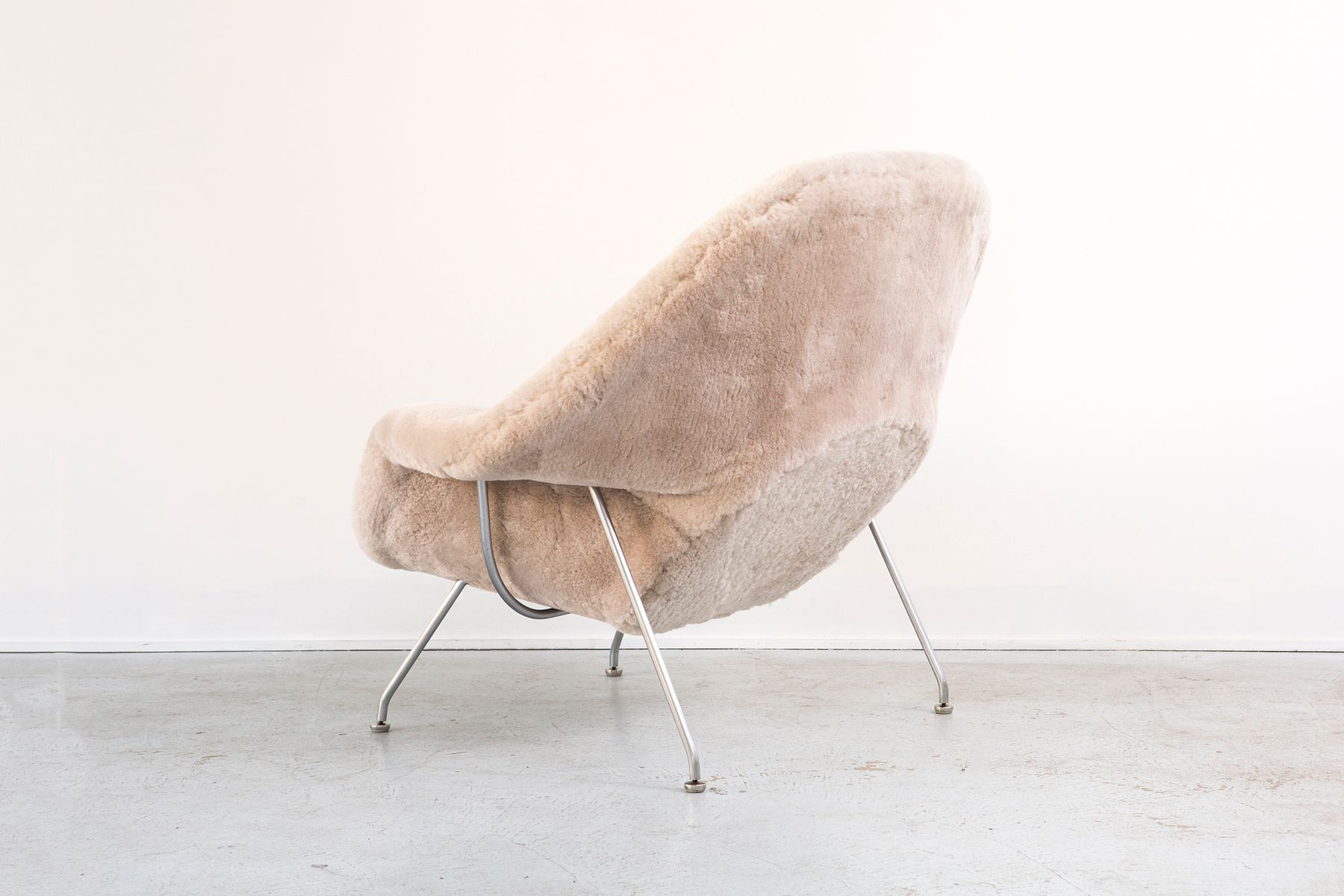 Womb chair by eero saarinen for knoll 1960s for sale at pamono - Vintage womb chair for sale ...