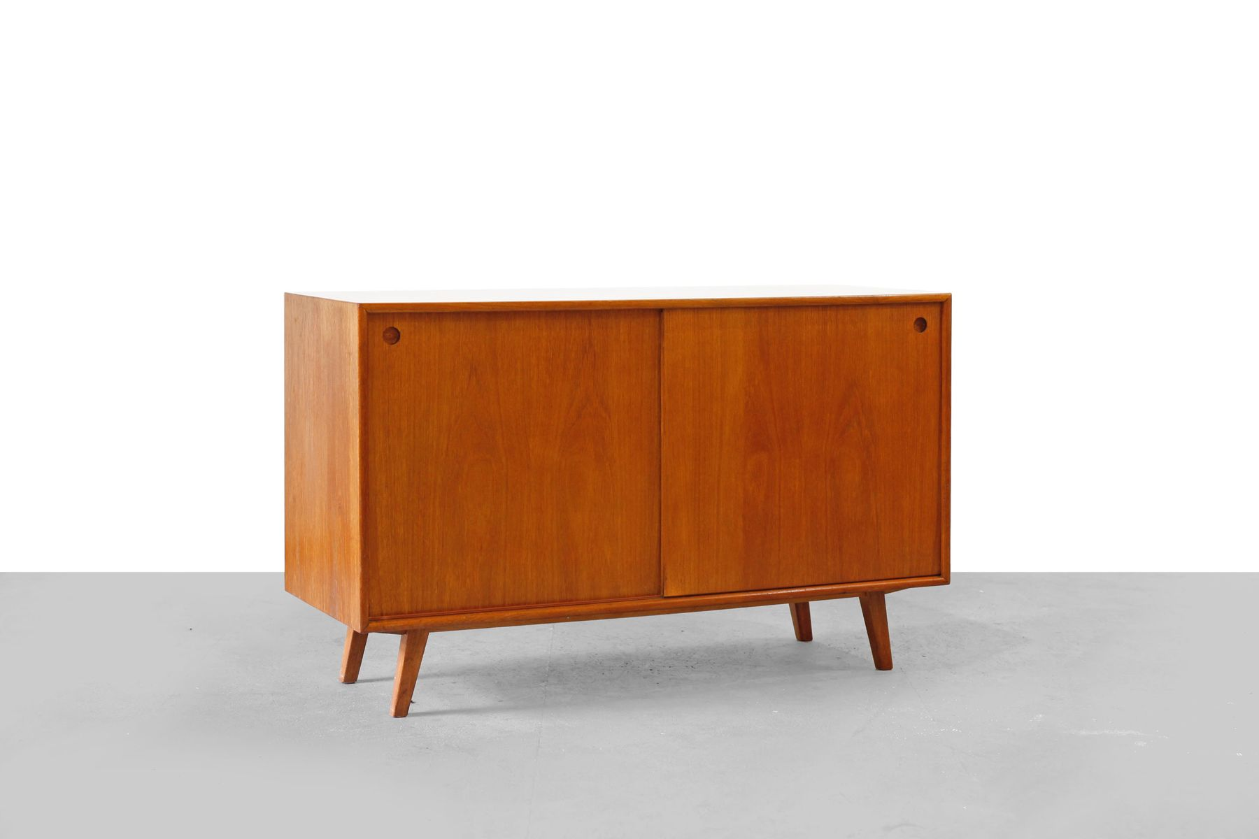 Mid century walnut veneer sideboard 1950s for sale at pamono for 1950 s credenza