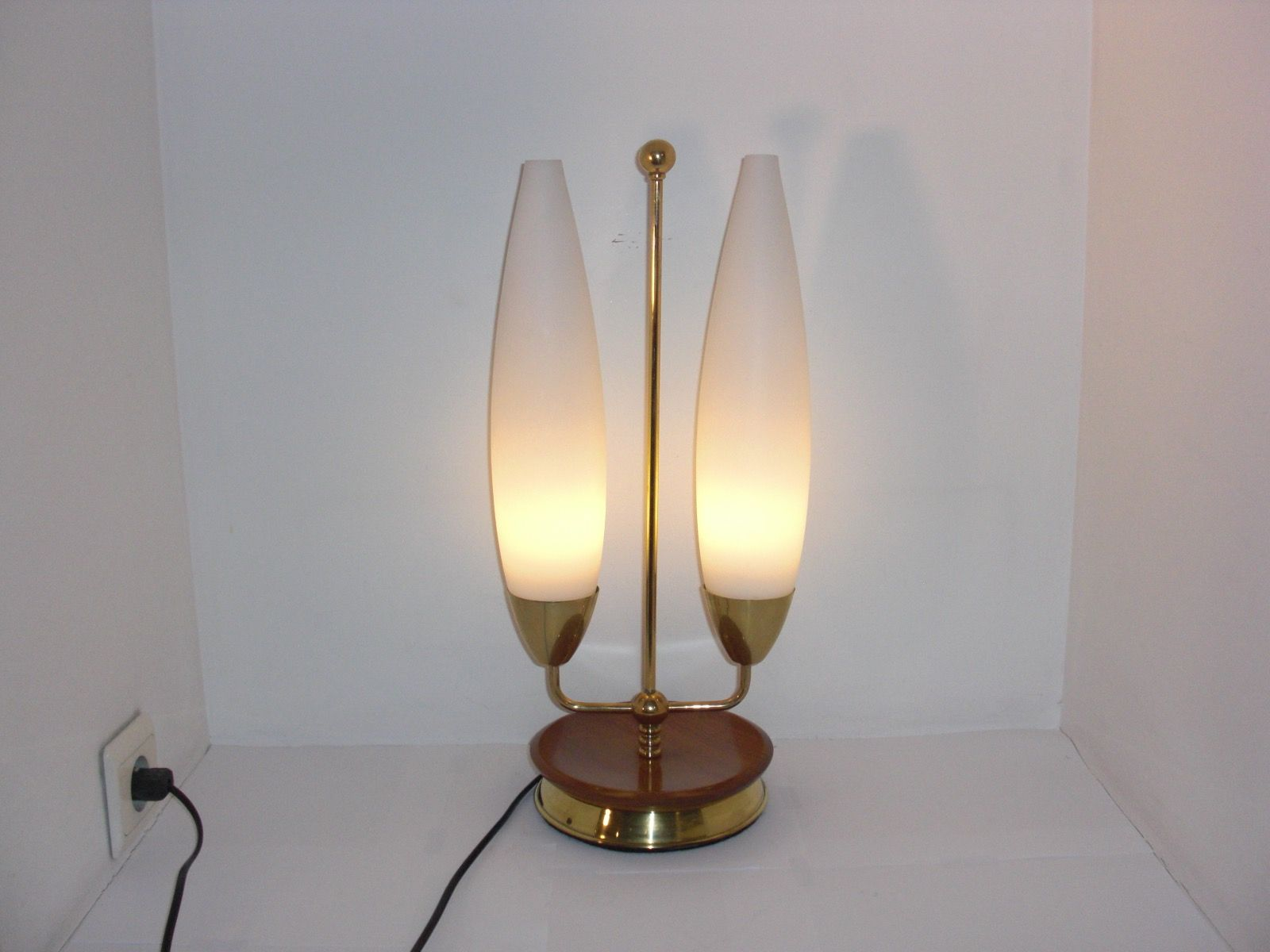 Vintage Lamp With Two Opaline Glass Shades For Sale At Pamono