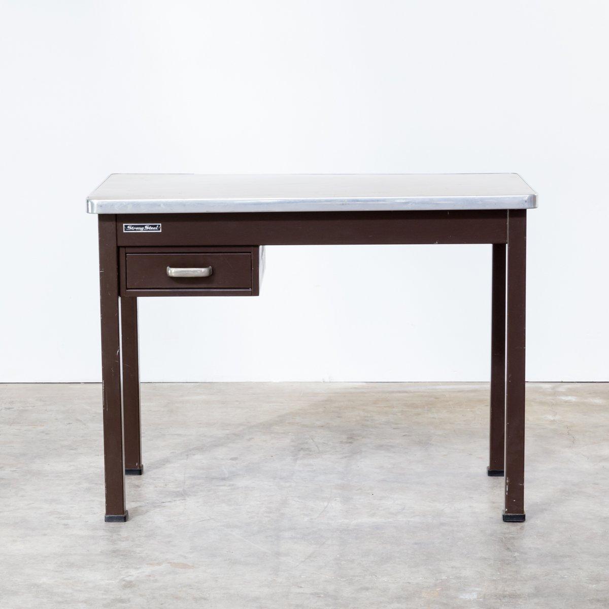 Schreibtisch aus festem metall von strong steel 1970er for Schreibtisch metall