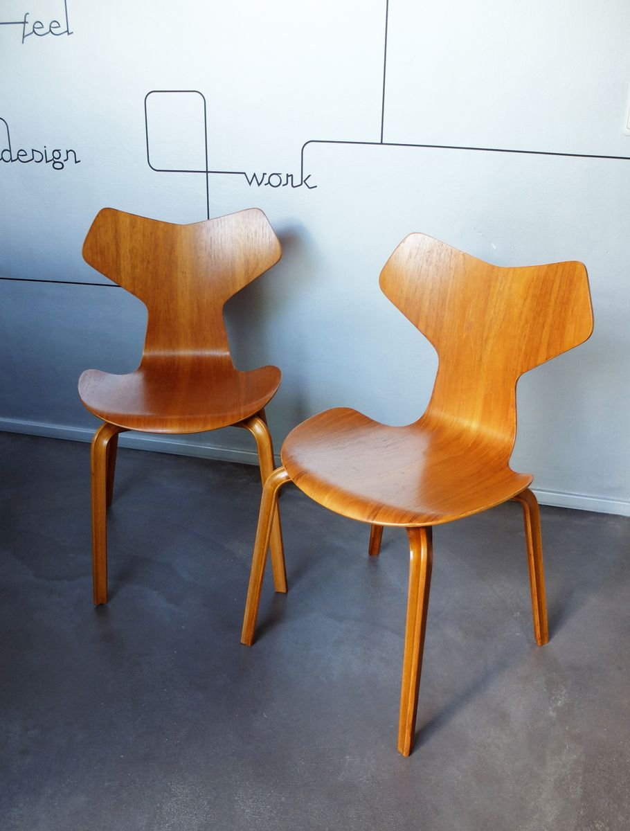 Model 4130 grand prix chairs by arne jacobsen for fritz hansen 1950s set of - Chaise grand prix jacobsen ...