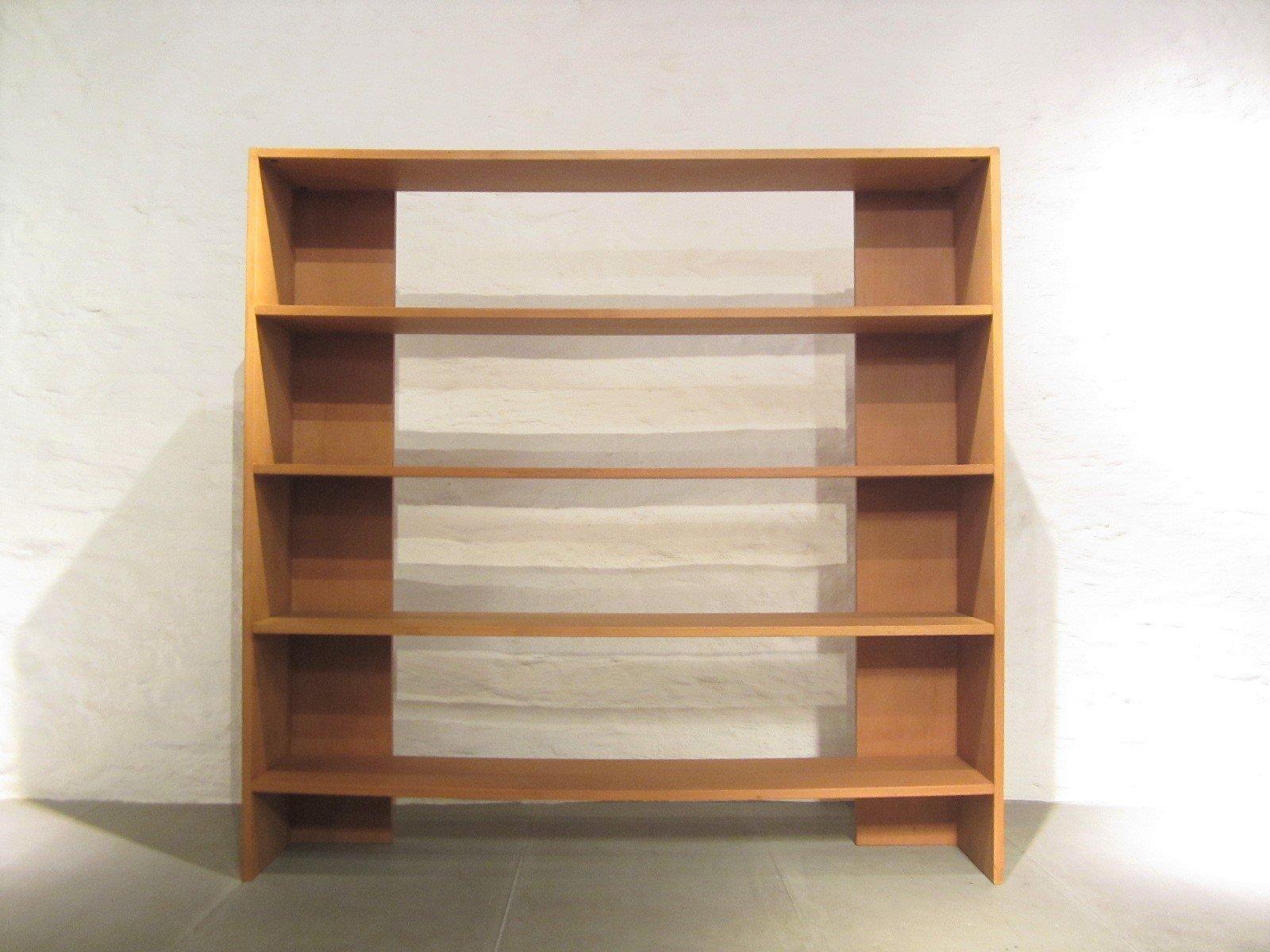 italienisches vintage crate b cherregal von gerrit rietveld f r cassina bei pamono kaufen. Black Bedroom Furniture Sets. Home Design Ideas