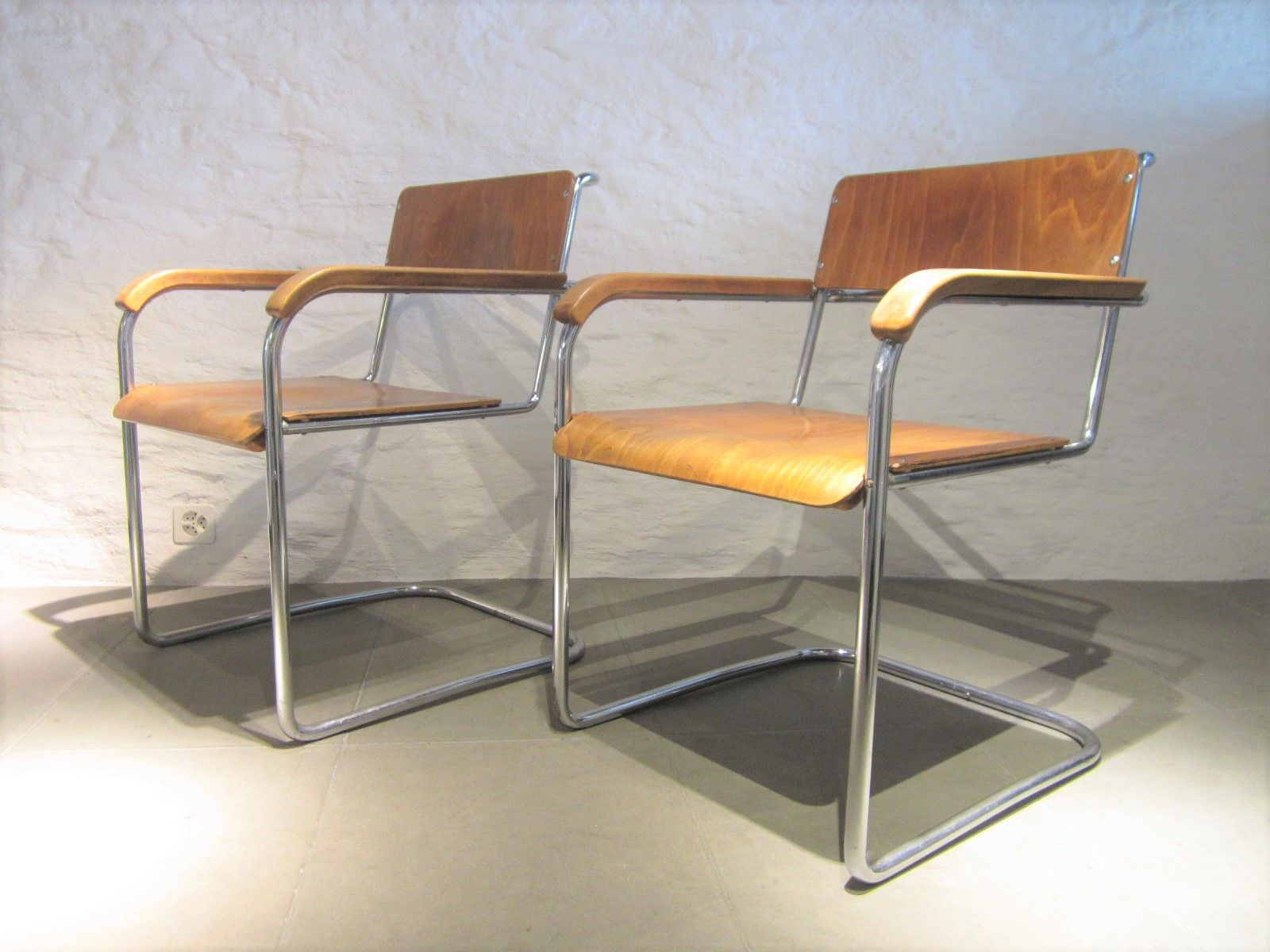 deutsche vintage b34 freischwinger von marcel breuer 2er. Black Bedroom Furniture Sets. Home Design Ideas