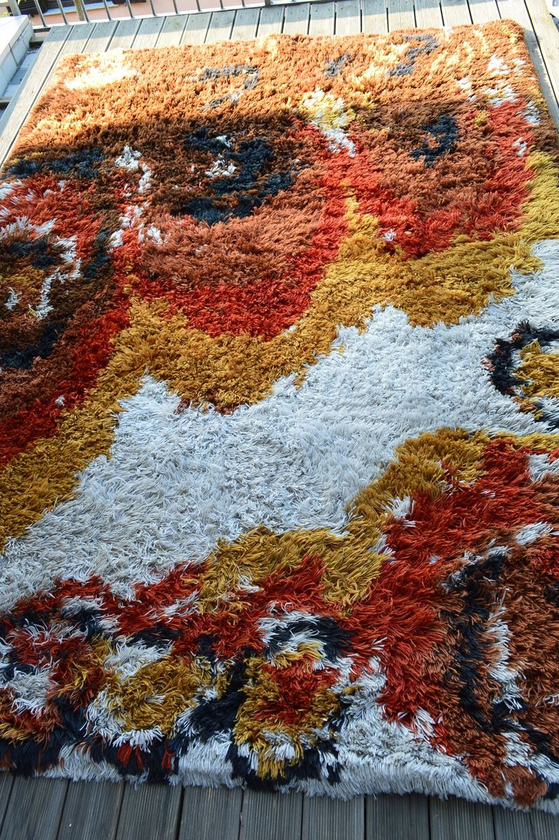 Large Italian Pop Art Rya Rug In Wool, 1960s
